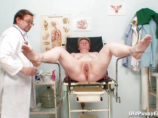 Сумасшедший доктор порно